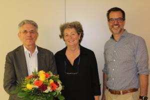 Am 5. Juli 2019 gewählt: Vorstand des Landesverbandes Nordrhein-Westfalen des Deutschen Kitaverbands Klaus Bremen (KinderHut gGmbH, Essen) (links) und Markus Bracht (educcare Bildungskindertagesstätten gGmbH, Köln) zusammen mit Waltraud Weegmann (Vorsitzende des Deutschen Kitaverbandes).