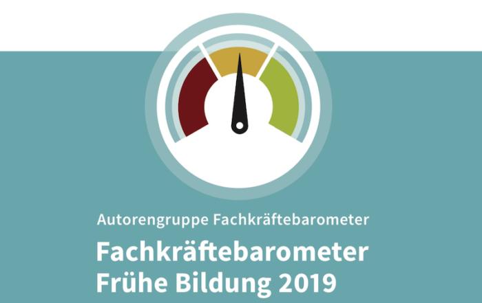 Ausschnitt aus dem Cover der Publikation Fachkräftebarometer Frühe Bildung 2019